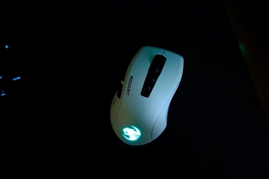 roccat,kone pure ultra,ゲーミングマウス,LED